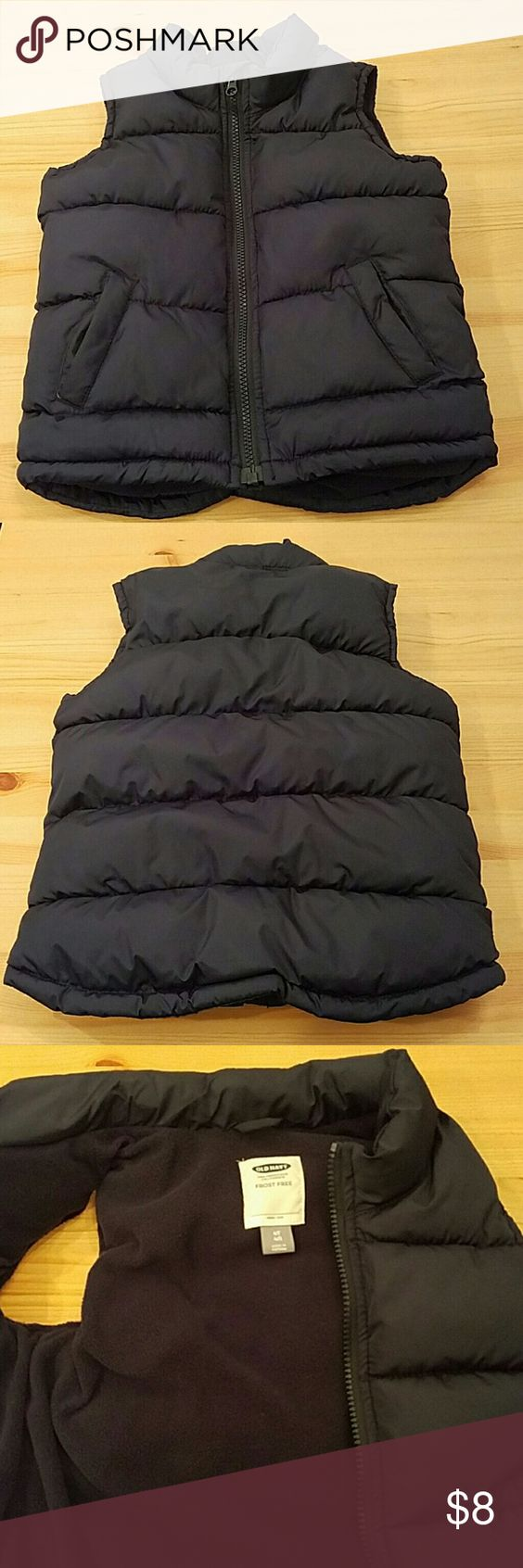 Old Navy Frost Free Boys Vest Navy Blue size 4T Old Navy Frost Free vest. Worn 2 times. Excellent condition. Polar fleece lining. Old Navy Jackets & Coats Vests