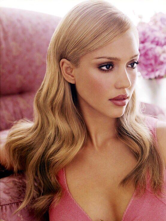 Pin By Ravenne Bye On Hair Color Jessica Alba Jessica Alba