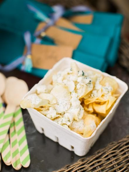 Help guests satisfy their salty tooth with a serve-yourself snack station stocked with kettle chips, savory seasonings and gourmet toppings. Get the how-to.