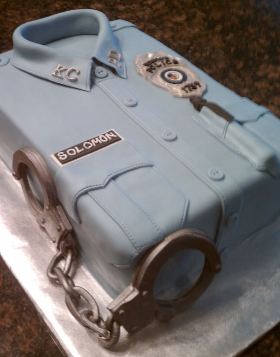 Retirement cakes, Police uniforms and Retirement on Pinterest