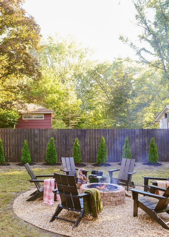 Inspiring Backyard Fence Ideas To Protect Your Beloved Spot Backyard Makeover Backyard Fire Backyard Fences