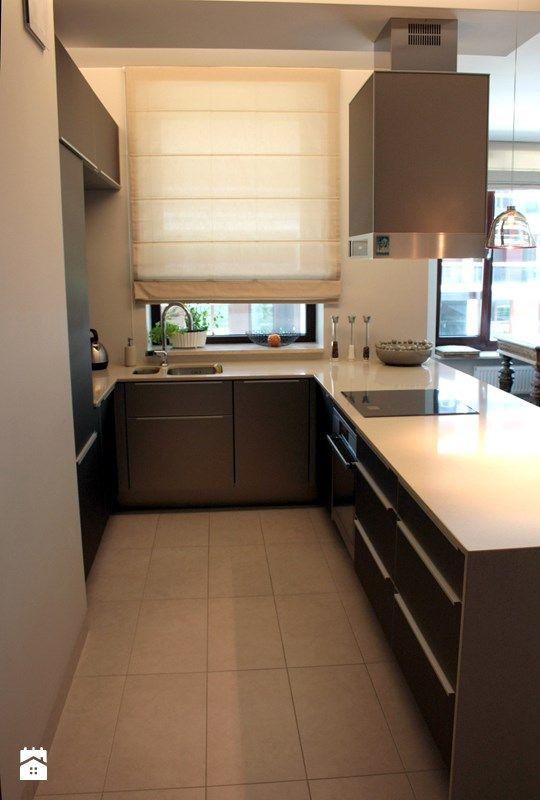 wąska kuchnia w bloku z oknem  Szukaj w Google  kitchen   -> Kuchnia Meble Z Czego