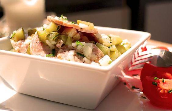 Low Carb Abendessen - Kalter Wurstsalat mit Käse