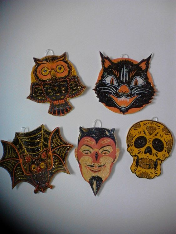 Vintage Halloween Postcard Ornament Set of 5 Die by APaperWitch