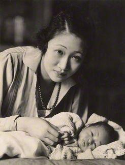 Oscar Hardee, 1920's. Madame Wellington Koo with baby. S)