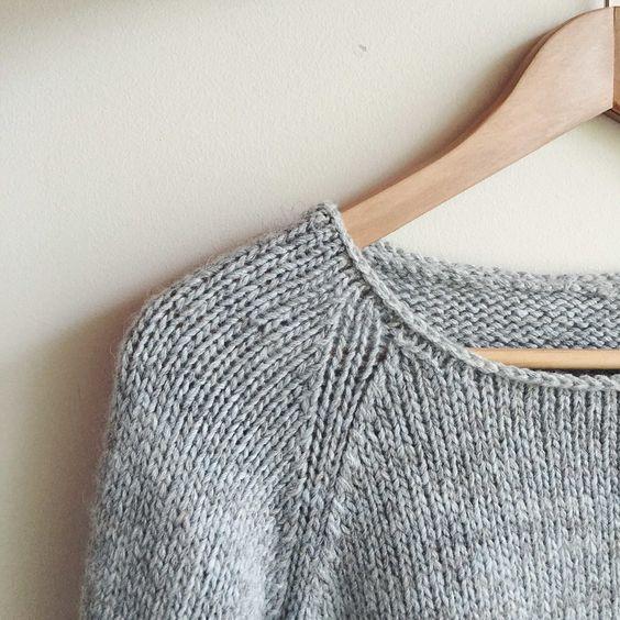 Knitting a simple, clean neckline