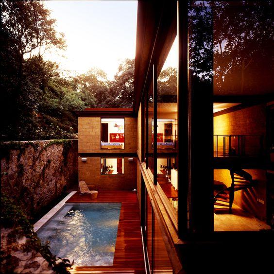 Casa Aquino / Augusto Fernández Mas (K+A Diseño)