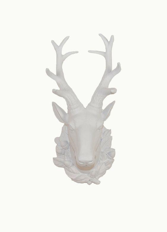 SALE  The Millie  Large White Resin Deer par WhiteFauxTaxidermy