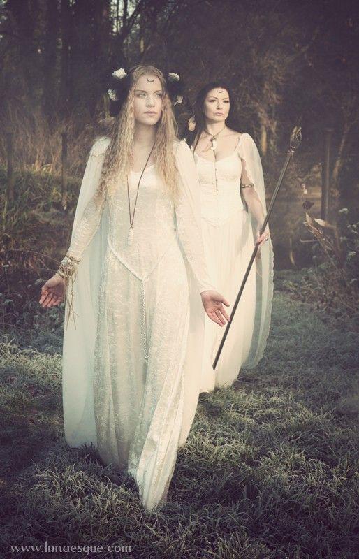 Mists Of Avalon - Lunaesque Creative Photography      Gowns - www.thedarkangel.com