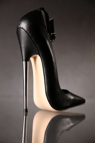 Extreme High Heel Fetish Shoes Metal heel | Extreme high heels ...