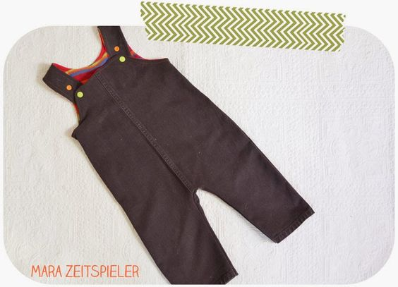 Upcycling: Latzhose aus alter Jeans ~ Mara Zeitspieler