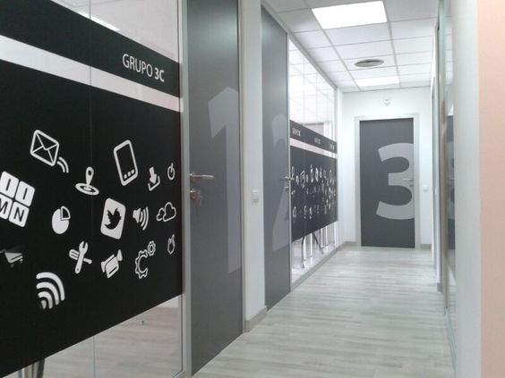 Reforma de oficinas grupo 3c mamparas divisorias colecci n Vinilos decorativos oficina