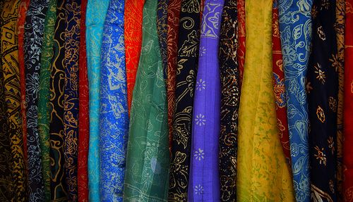 How to Make a Sarong in 5 Steps
