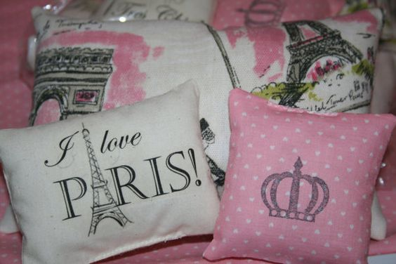 4 Piece Doll Bedding Set  Reversible comforter  Paris by Suite401