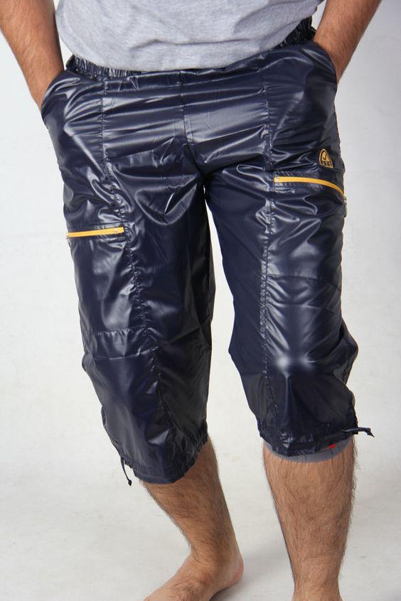 shiny nylon sportshorts cal surf pants wetlook von Petticoatgirl