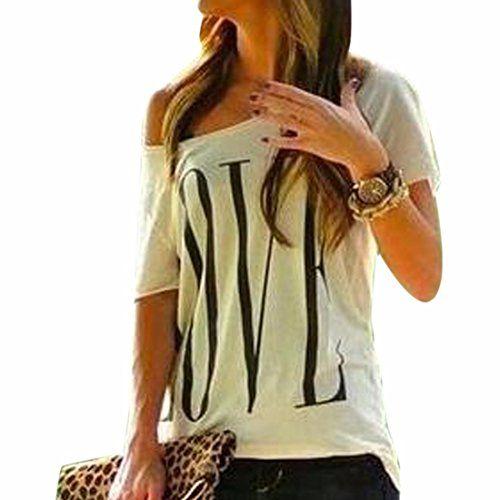 """Camiseta para mujer de manga corta en color blanco con mensaje impreso """"LOVE""""."""
