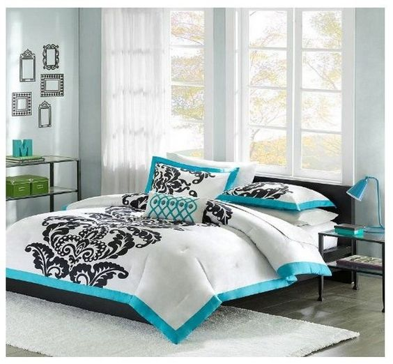NEW Teal Black White 4-Piece Modern Scroll Comforter Set