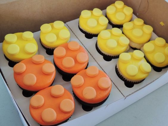 Even the cupcakes look like LEGO bricks!  (courtesy of Cupcakes Couture Bakery)