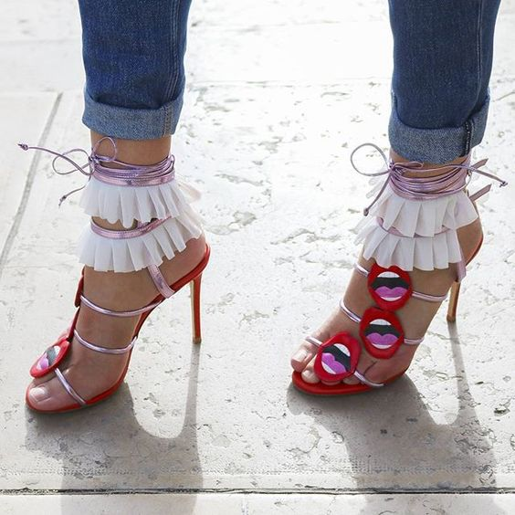 30 Chic Summer Shoes & Outfit Ideas - Street Style Look.