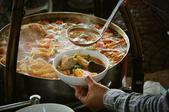 Bún riêu cua, a signature Vietnam cuisine dish, what to eat in Saigon, Ho Chi Minh city street food signature