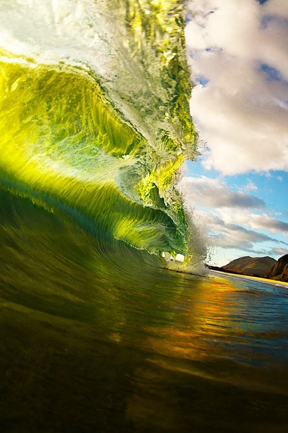Las olas cubren tu belleza.