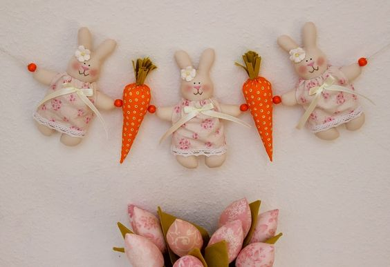 Vicky und Ricky: Bunnies, Eggs and small things for coming Easter