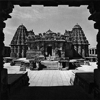 essay about konark temple