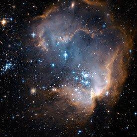 15805712520_caf931e06f_o - zdjęcie z Teleskopu Hubbla - gromada otwarta  NGC 602  z gwiazdozbioru Tukana, znajdująca się nielan na skraju Małego Obłoku Magellana ok 200 tys lat świetlnych od Ziemi