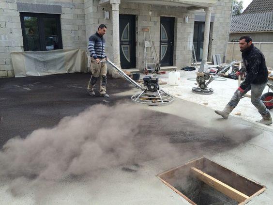 B ton d coratif finition balay e pr paration du support pose d un film pl - Finition dalle beton exterieure ...