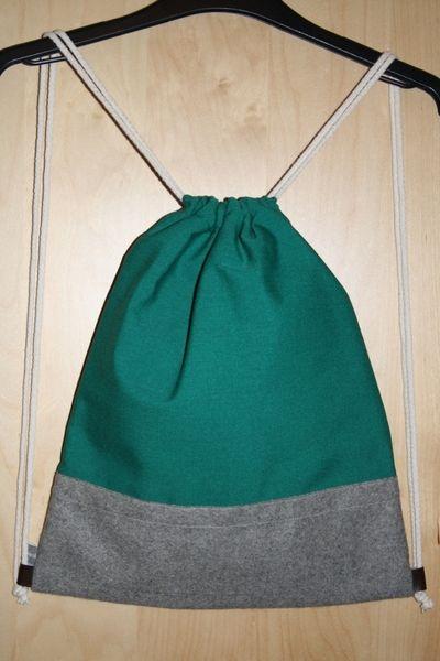 Turnbeutel Backpack Rucksack Gymbag Stringbag in grünem Canvas und grauem Wollfilz. Herbstliches Musthave!