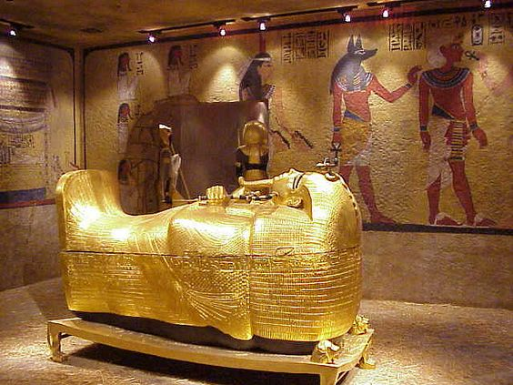a history of the egyptian burial practices The ancient egyptians had an elaborate set of burial customs that they believed were necessary to ensure their immortality after death these rituals and pro.