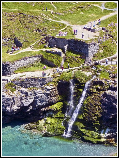 Tintagel Castle, associated with the Legend of King Arthur, Cornwall, England