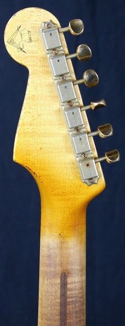 Fender Custom Shop John Cruz MB 1960 - Headstock | Stratoblogster