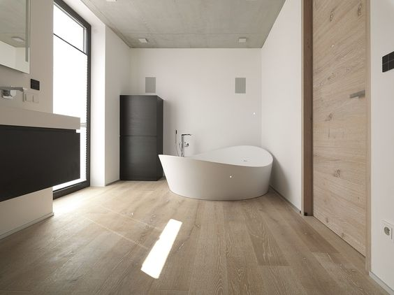 Wunderschöner Admonter Parkett Boden der durch seine warme Ausstrahlung, die Atmosphäre im Raum völlig verändert.