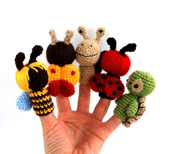 Marioneta de dedo jard n ganchillo abeja mariquita for Ahuyentar abejas jardin