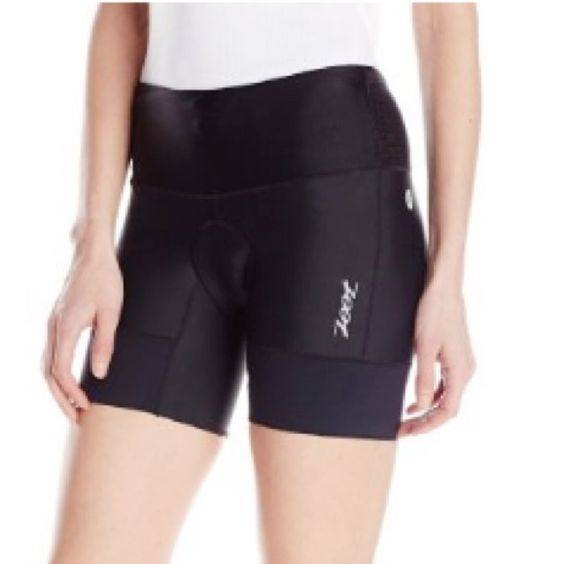 Zoot Sports Women's Tri 6-Inch Short - Triathlon These comfy tri shorts were worn once for a sprint triathlon. They are comfy and quick drying. The shorts were worn in the swim, bike and run. Zoot Sports Other