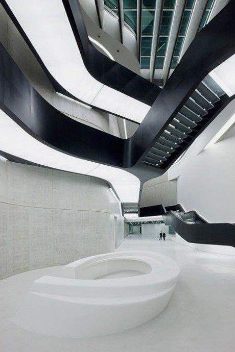 Maaxi Museum of XXI Century Art in Rome byZaha Hadid