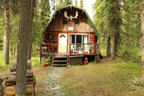 Trapper cabin in Atlin, British Columbia. Contributed by Gabriel Ellis.