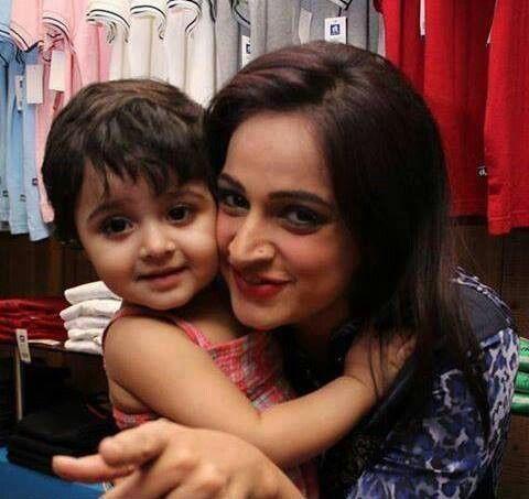 Actress Noor With Daughter