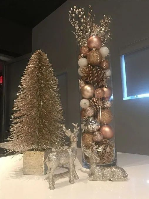 100 Diy Christmas Decorating Ideas Which Are Elegant Effortless Economical Gold Christmas Decorations Rose Gold Christmas Rose Gold Christmas Decorations