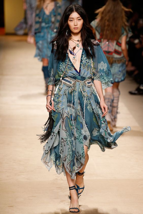 Etro Spring 2015 Ready-to-Wear Fashion Show - Lexi Boling–