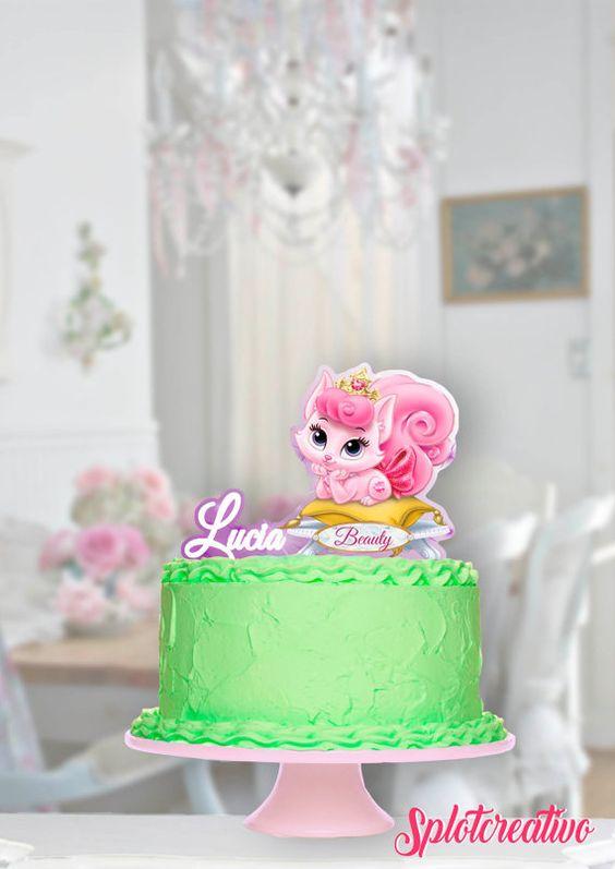 Topper Cake Sleepy Beauty and Pets! Whisker haven, Bloom, Beauty, Aurora. Disney Princess Aurora. / Topper de torta de la Bella Durmiente y sus mascotas Bloom y Beauty.