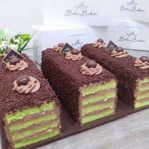 Es Milo Cake Lewat Lagiiii Mantap Banget Dimakan Dingin2 Di Siang Yg Panas Ini Produksinya Terbatas Loh Yukkk Segera Order Sup Makanan Makanan Manis Kue