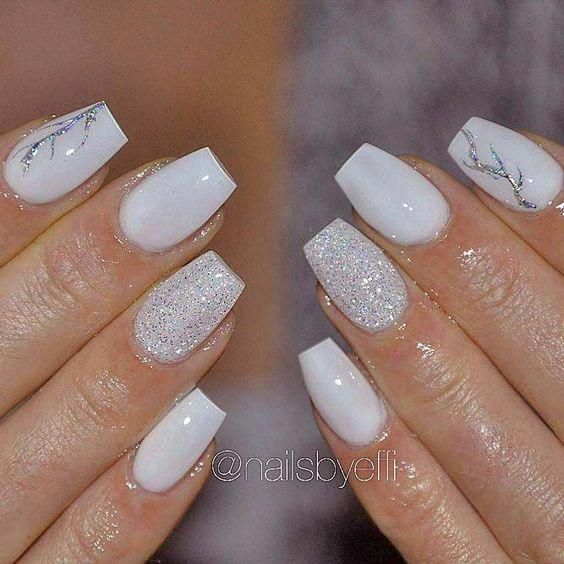 Short Coffin Nails Today We Are Here To Show You 70 Amazing Short Coffin Nails Designs Short Coffin Nails Designs White Coffin Nails Glitter Gradient Nails