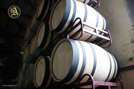 Barricas de las instalaciones de Ron Aldea. #ronaldea #lapalma #islascanarias #canarias #ron #rum #canaryislands