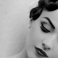 Vintage Makeup Look: