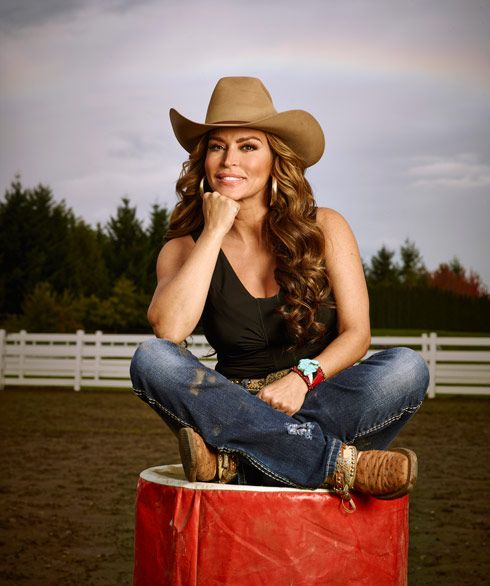 Are A E S Rodeo Girls Real Professional Barrel Racers Amazonas