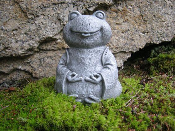 Frog Statue Zen Frog Buddha Meditating Yogi Frog Concrete Garden Figure Painted Cement Yard Art Garden Decor Frog Statues Garden Figures Concrete Statues