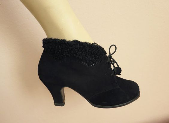 1950s vintage winter ankle boots black suede lace up SHOES with ...