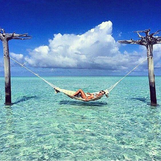 Bom dia!!!!  Desejo do dia!!  #bomdia #maldivas #maldivesislands #sonho #viagemdossonhos #viagem #instapic #instablogger #instafashion #instablog #blog #blogger #desejododia by diariodefeminices